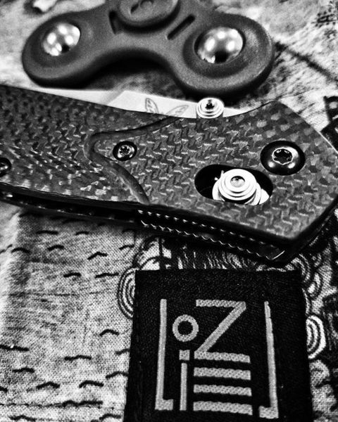 Benchmade - So excited I have some more #uzinhanks coming this week. Also I have a 940 in the pocket again today.