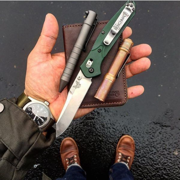 Benchmade - #RedWingWednesday on this rainy SoCal day. #redwingboots #ironrangers #saddlebackleather #foursevens #preon #bokerpen #benchmade940 #hamiltonwatch...