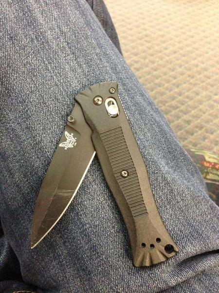 Benchmade - RT footdrmike: DavidECreech KnifeThursday love #Benchmade been using 530 & love it! So light. pic.twitter.com/3bfEmfuw