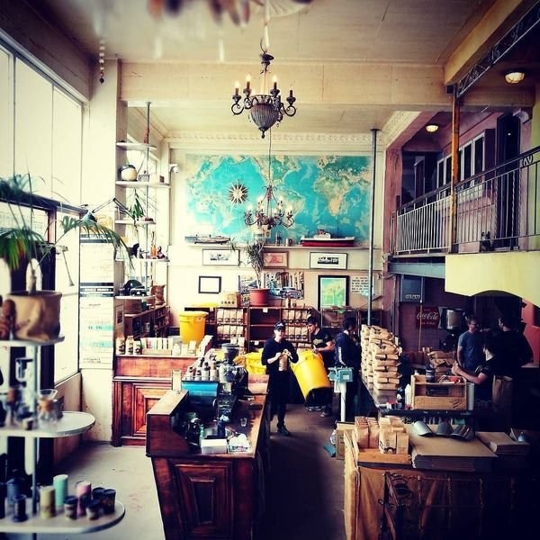 COFFEEUFEEL - Cuba?....not quite but love the fitout, time pieces awesome atmos. #havanacoffeeworks