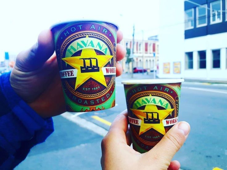 COFFEEUFEEL - Morning in the Capital ☕ With coffee the city is more colorful🍭🍭🍭...